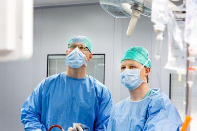 Chirurgové Vítkovické nemocnice odoperovali pomocí speciálního přípravku již 10 pacientů trpících periproktální píštělí