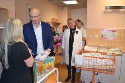 Ve Vítkovické nemocnici se v loňském roce narodilo 1531 dětí