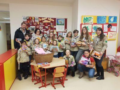 Na dětské oddělení Vítkovické nemocnice dorazili již poosmnácté skauti