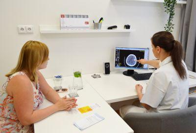 Citlivé informace sdělují lékaři Vítkovické nemocnice rodinám pacientů v nové informační místnosti