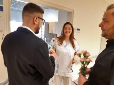 Karafiáty zpestřily den ženám ve Vítkovické nemocnici v Ostravě
