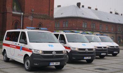 Nemocnice AGEL Ostrava-Vítkovice zmodernizovala vozový park sanitních vozidel