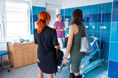 Nemocnice AGEL Ostrava-Vítkovice obnovila prohlídky porodního sálu